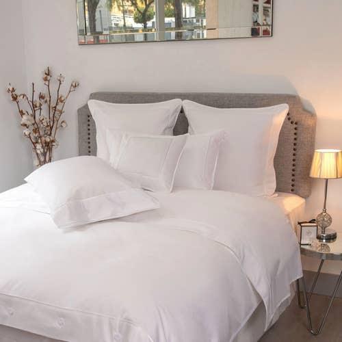 Monaco Egyptian 550 Thread Cotton Sateen - White Trim - Flat Sheet with Trim